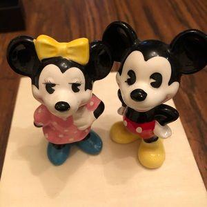 Vintage Mickey & Minnie figurine Japan Disneyland